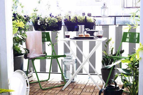 Un balcon aménagé pour la détente